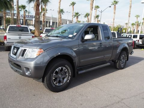 Pre-Owned 2016 NISSAN FRONTIER PRO-4X 4X4 With Navigation